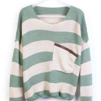 Loose Green Striped Sweater With Pocket
