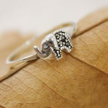 Sterling Silver Lovely Elephant Ring